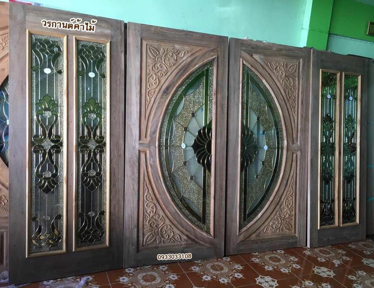 ประตูไม้สัก,ประตูไม้สักกระจกนิรภัย ไม้สักเก่า  ร้านวรกานต์ค้าไม้ door-woodhome.com รูปที่ 6
