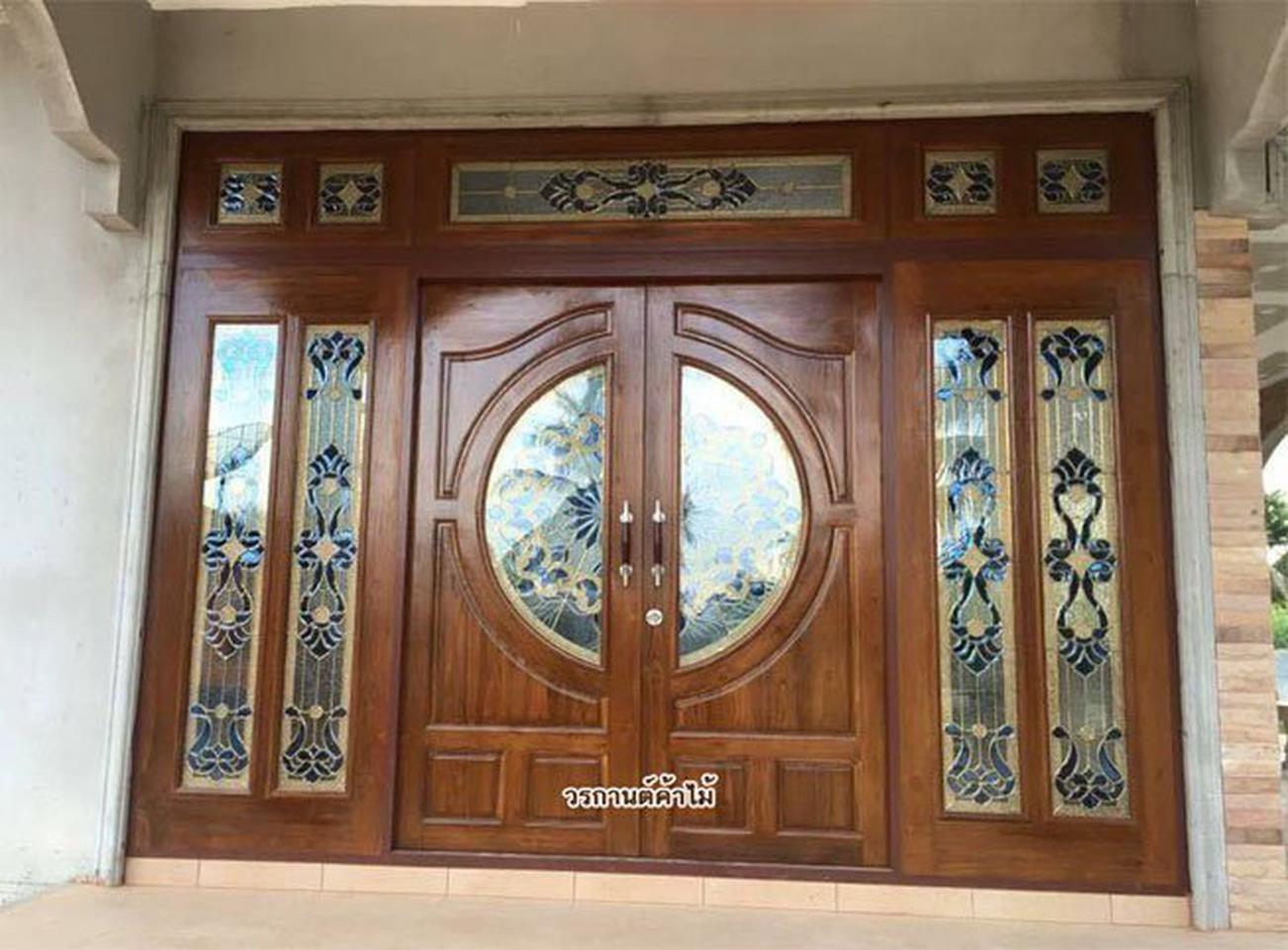 ประตูไม้สักกระจกนิรภัย , ประตูไม้สักบานคู่ ร้านวรกานต์ค้าไม้ door-woodhome.com รูปที่ 4