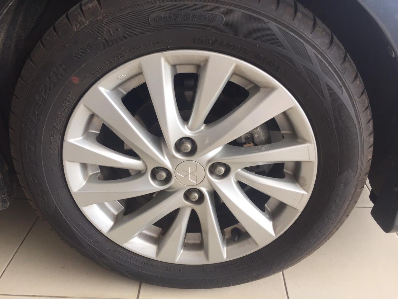 ขายรถรถเก๋ง Mitsubishi Attrage 1.2 GLS Auto จังหวัดอุบลราชธานี รูปที่ 3