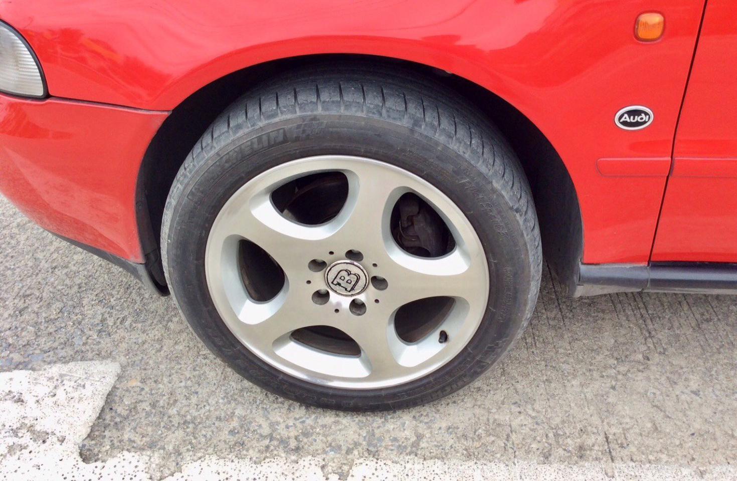 รถ AUDI A4 2.4 V6 รูปที่ 1