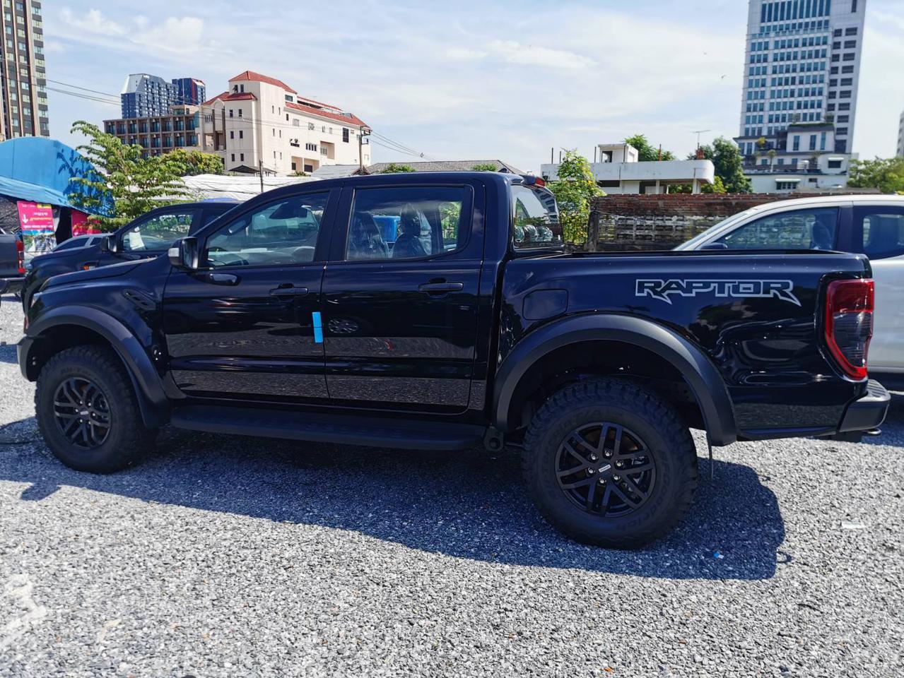 ฟอร์ด Ranger Raptor 4x4 สีดำ ดอกเบี้ย 0% รูปที่ 4