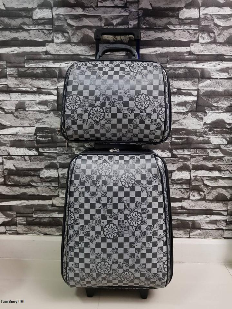 กระเป๋าเดินทางแบบผ้า เซ็ทคู่ 18/13 นิ้ว ลาย Gray/Black รูปที่ 2