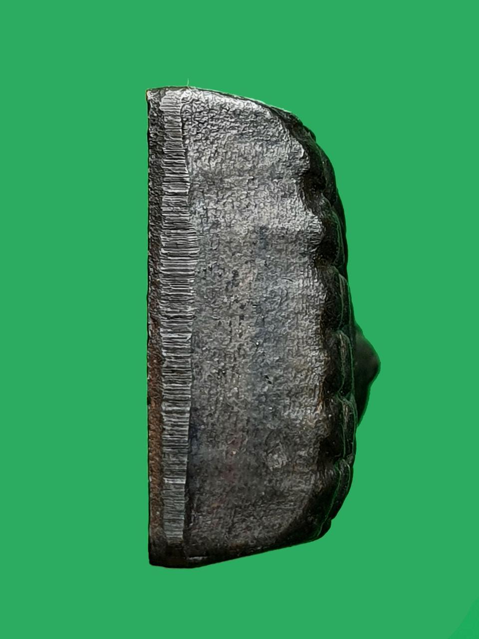พระหลวงปู่ทวด เตารีดหลังหนัง พิมพ์เล็ก ท. วัดช้างให้ ปี 2506 รูปที่ 5