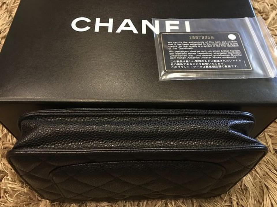 new chanel black caviar sarah wallet รูปที่ 1