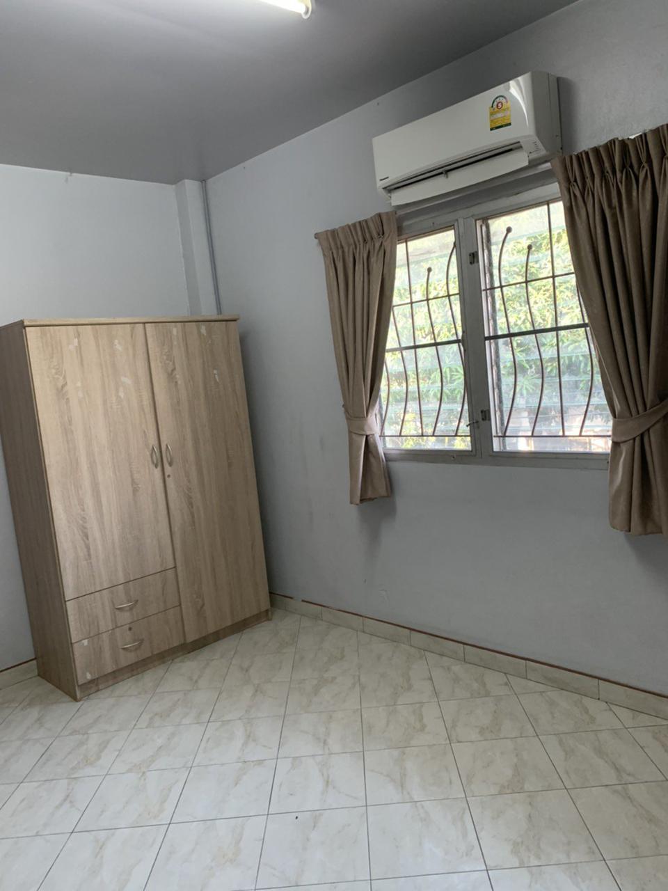ให้เช่าบ้านเดี่ยว 2 ชั้นซอยนวลจันทร์ 4 ห้องนอน 2 ห้องน้ำ รูปที่ 3
