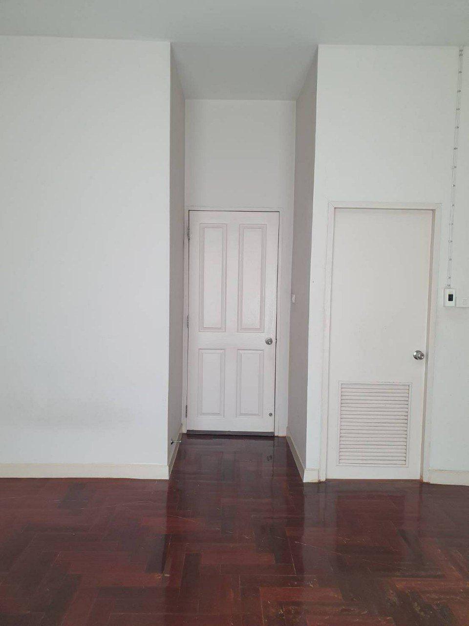 72932 - ขาย ทาวน์โฮม 3 ชั้น บ้านกลางเมือง ลาดพร้าว - โชคชัย 4 ใกล้ทางด่วน เอกมัย - รามอินทรา เนื้อที่ 25.3 ตร. ว. รูปที่ 6
