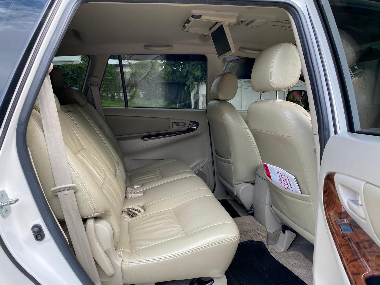"Toyota Innova 2.0G ออฟชั่น ทีวี จอกลาง กล้องถอยหลังและเซ็นเซอร์ มาให้พร้อมใช้งานเลยครับ"" การเชื่อมต่อ Bluetooth  รูปที่ 6"