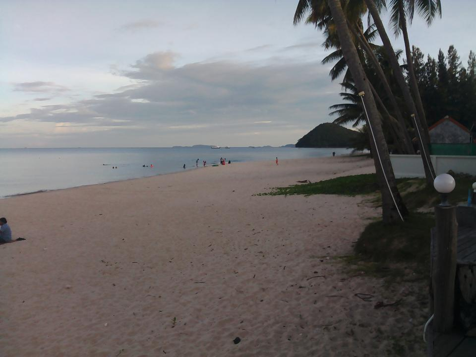 Land for sale near sea   no sea view ,very greenery and peacefully Chumphon รูปที่ 1