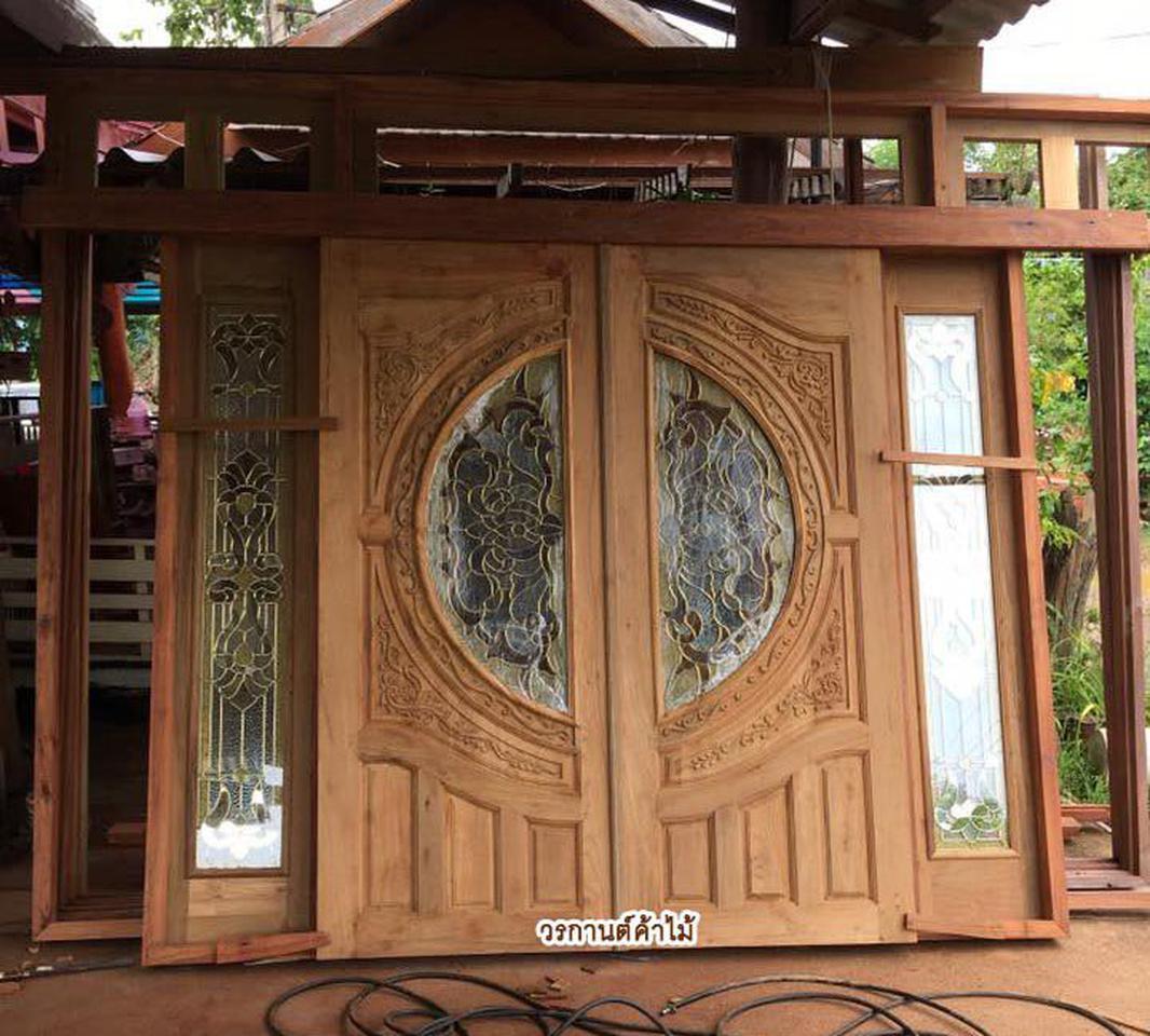ประตูไม้สัก,ประตูไม้สักกระจกนิรภัย www.door-woodhome.com ร้านวรกานต์ค้าไม้ รูปที่ 2