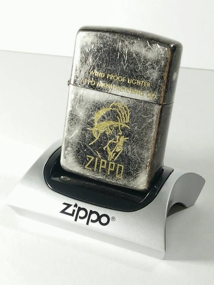 ZIPPO Manufacturing Co. Windproof Lighter รูปที่ 1