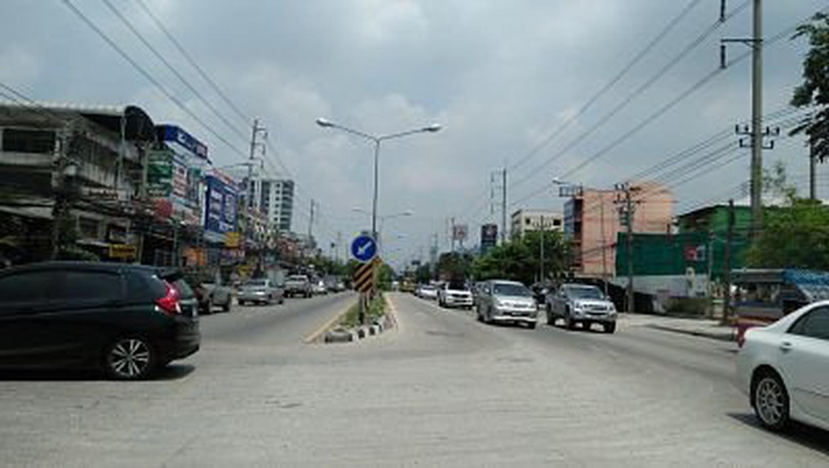ย่านถนนเทพารักษ์-หนามแดง-สำโรง พร้อมต้นมะม่วงใหญ่หลายสิบปี ร รูปที่ 2