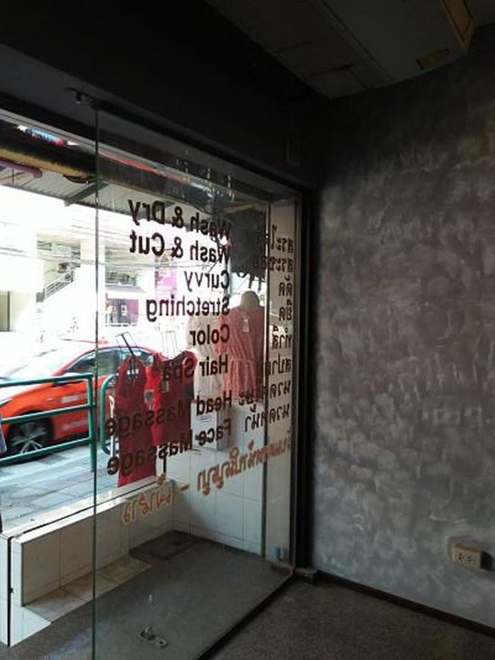 Rent small space area40sqm.  for trade and business Udomsuk  space 1st floor  for business need to renovation  รูปที่ 5