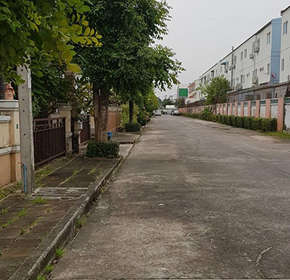 บ้านเดี่ยว หมู่บ้านนลินวิลล์ 5 ถนนเคหะร่มเกล้า ซอยมิสทีน รูปที่ 1