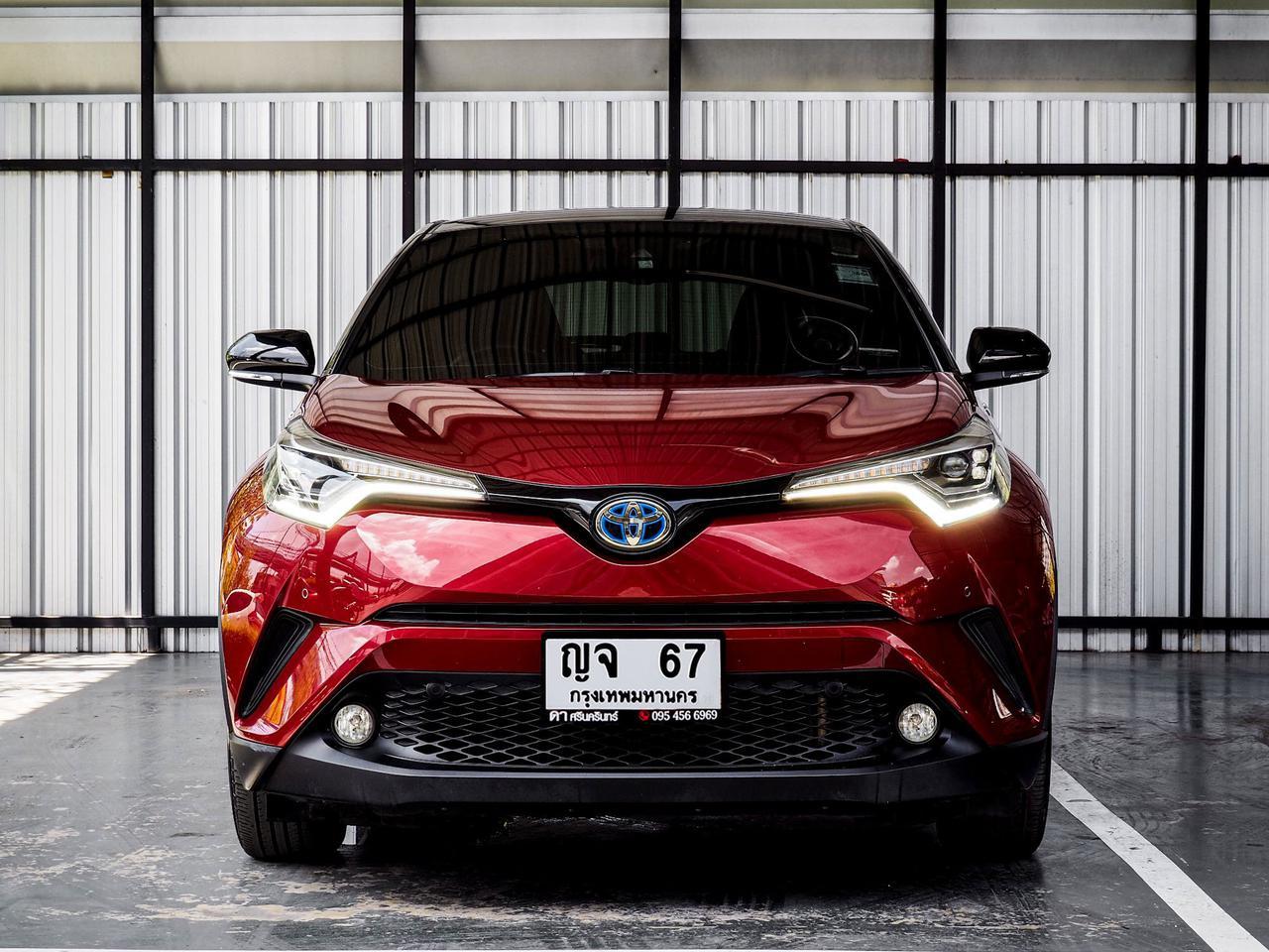 Toyota CHR HV Hi รุ่น Top สุด ปี 2019 เลขไมล์ 60,000 กิโล รูปที่ 2