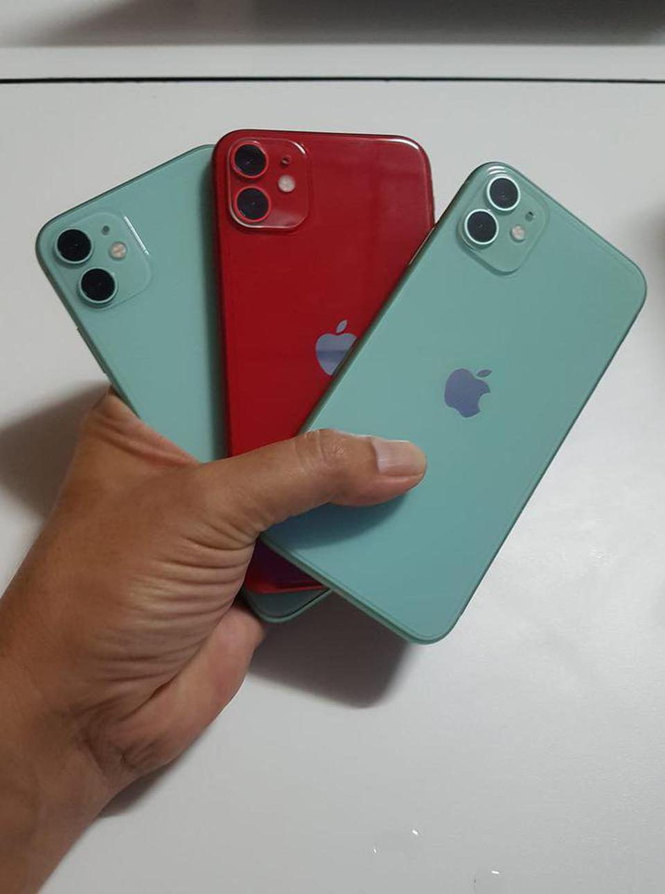 รับซื้อมือถือ iphone และ ipad ทุกรุ่น ราคาดีเครื่องติดล็อคเราก็รับซื้อ รูปที่ 1