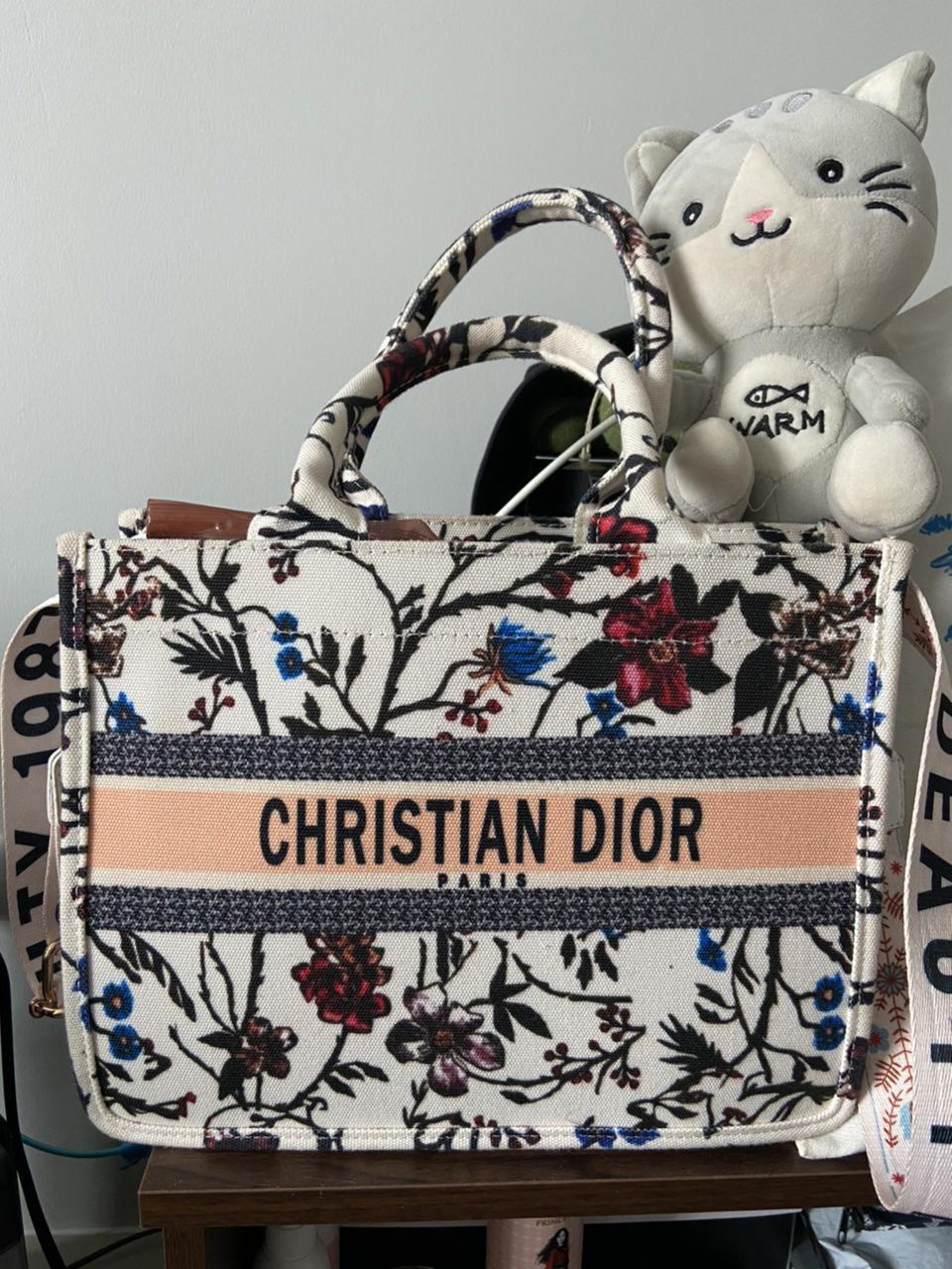 กระเป๋าDior รูปที่ 3