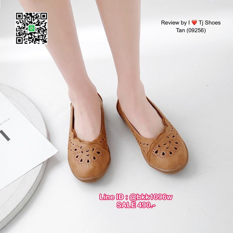 รองเท้าคัชชู น้ำหนักเบา หนังPUนิ่ม ฉลุลาย มีรูระบายอากาศ ใส่แล้วไม่อับเท้า พื้นบุนวมนิ่ม รูปที่ 2