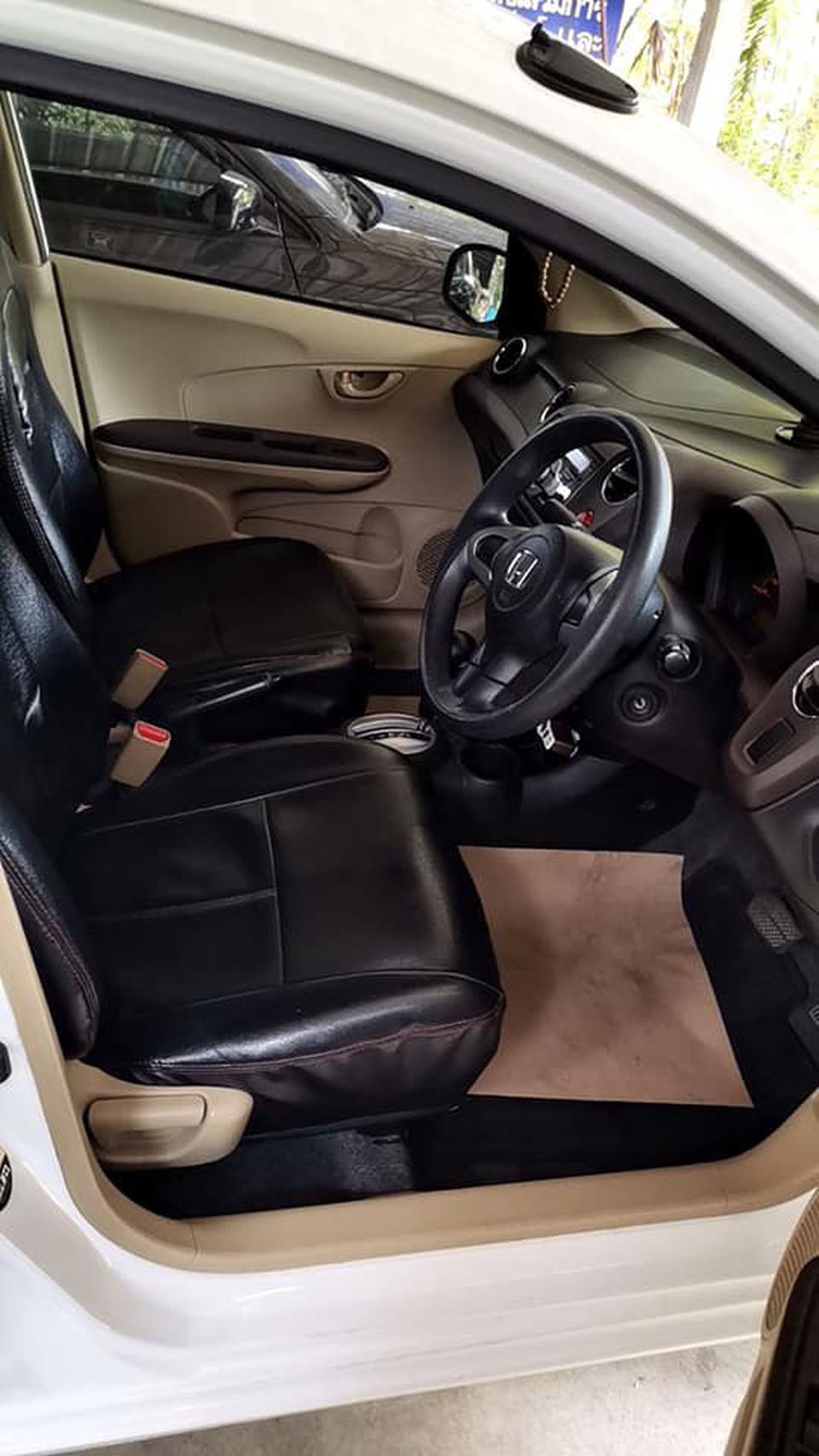 ขายรถบ้าน Honda Brio Amaze 1.2V/AT ตัวท๊อปปี 2013 รูปที่ 3