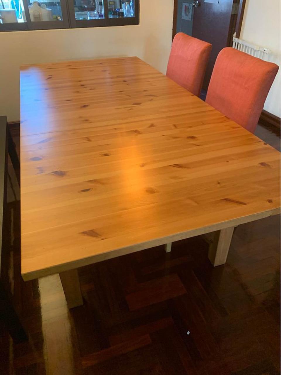 ขายด่วน!!! โต๊ะ ikea 6 ที่นั่ง แถมเก้าอี้ 2 ตัว  รูปที่ 1