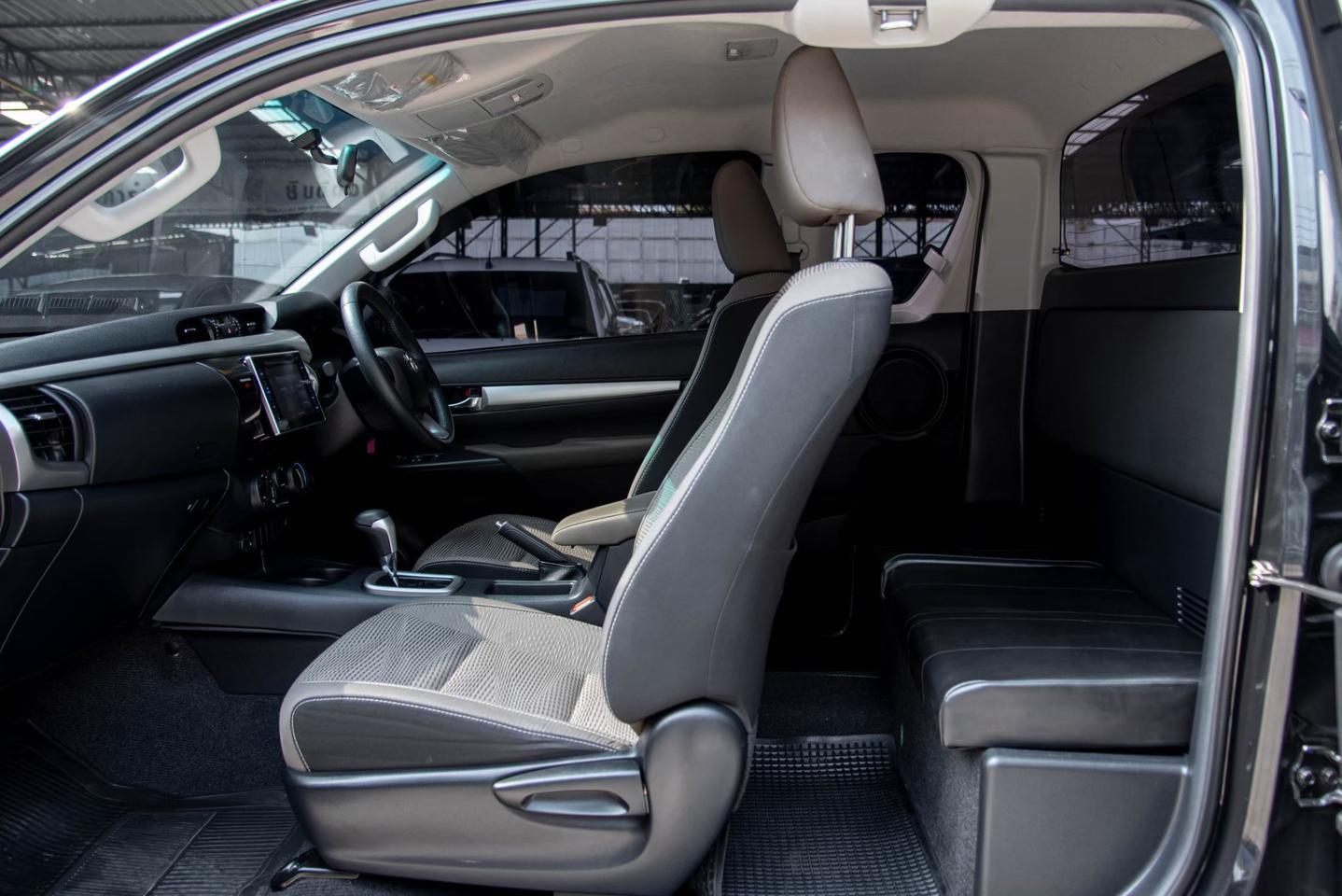 Toyota Revo Smartcab 2.4 E Prerunner Plus รูปที่ 1
