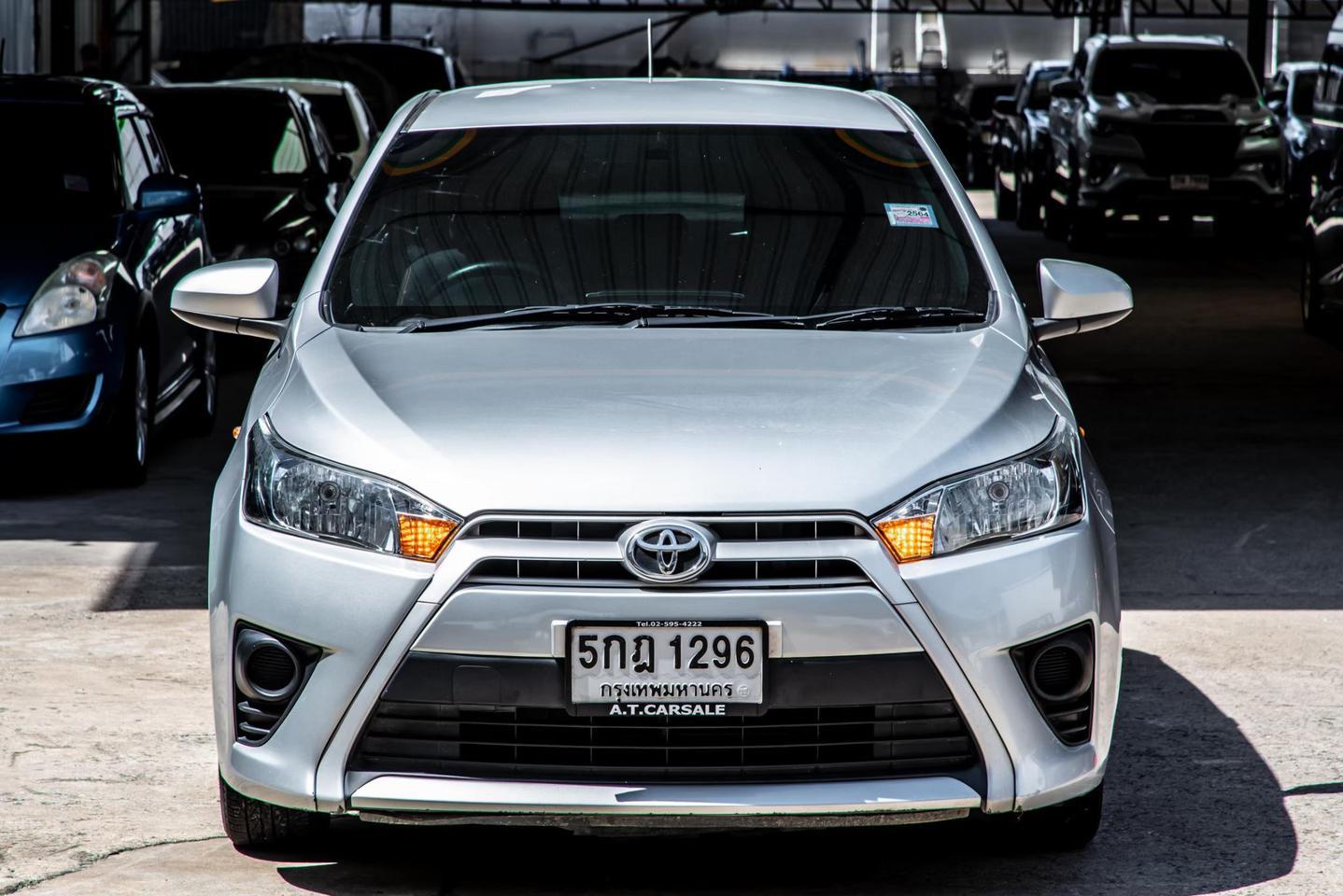 Toyota Yaris 1.2 E รูปที่ 2