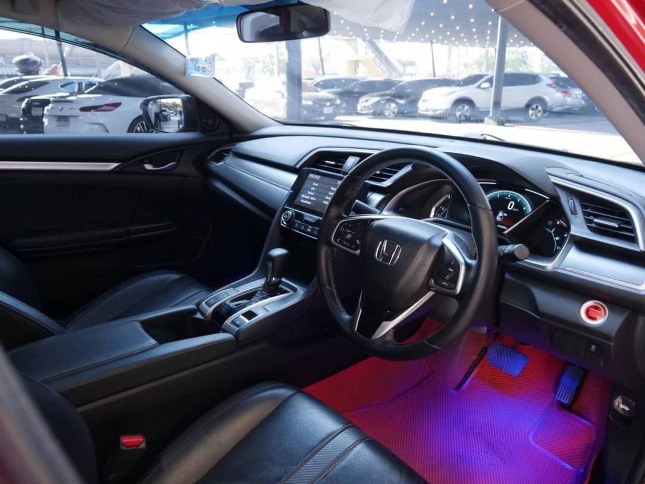 86 Honda Civic FC 1.8 EL Top 2018 Auto สีแดง รูปที่ 1
