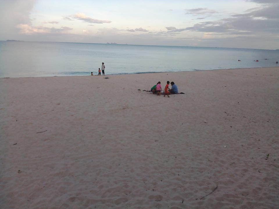 Sale Land 2 Rais close beach just 150 m.suitable for retirement very peacefully greenery รูปที่ 4