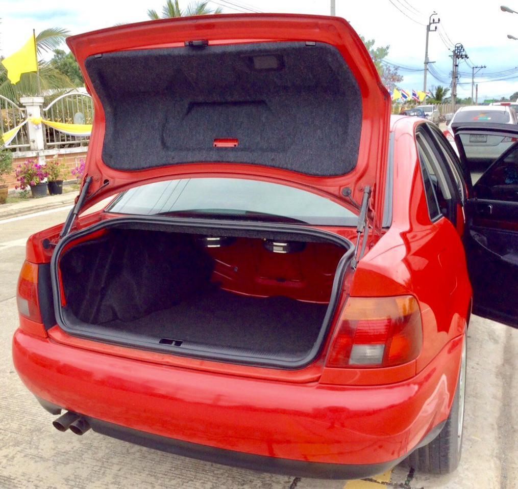 รถ AUDI A4 2.4 V6 รูปที่ 4
