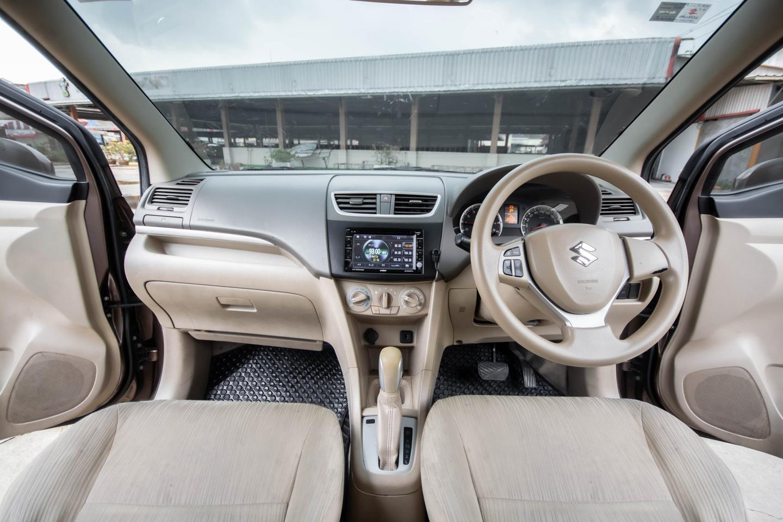 ปี 2013 SUZUKI ERTIGA 1.4 GX WAGON SUV 7ที่นั่ง รูปที่ 4
