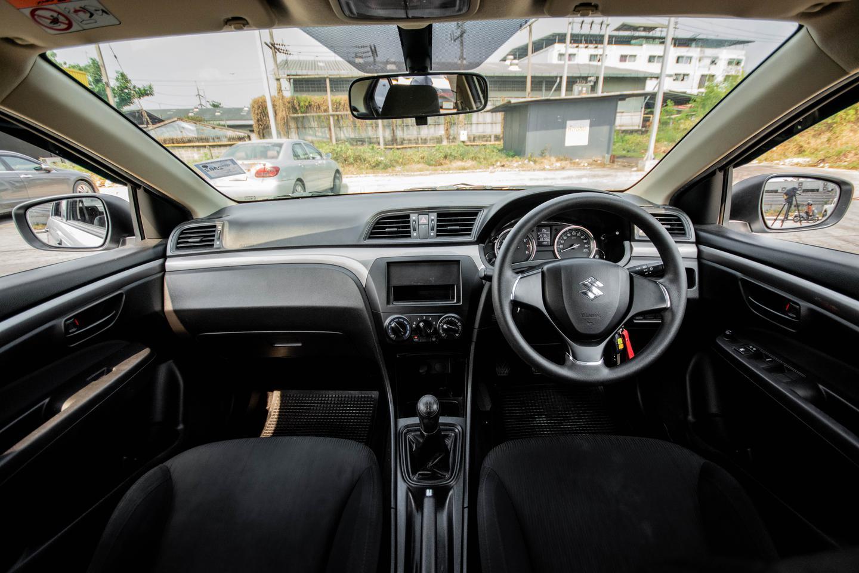 Suzuki Ciaz 1.2 2016(ปี 15-18) GA Sedan รูปที่ 5