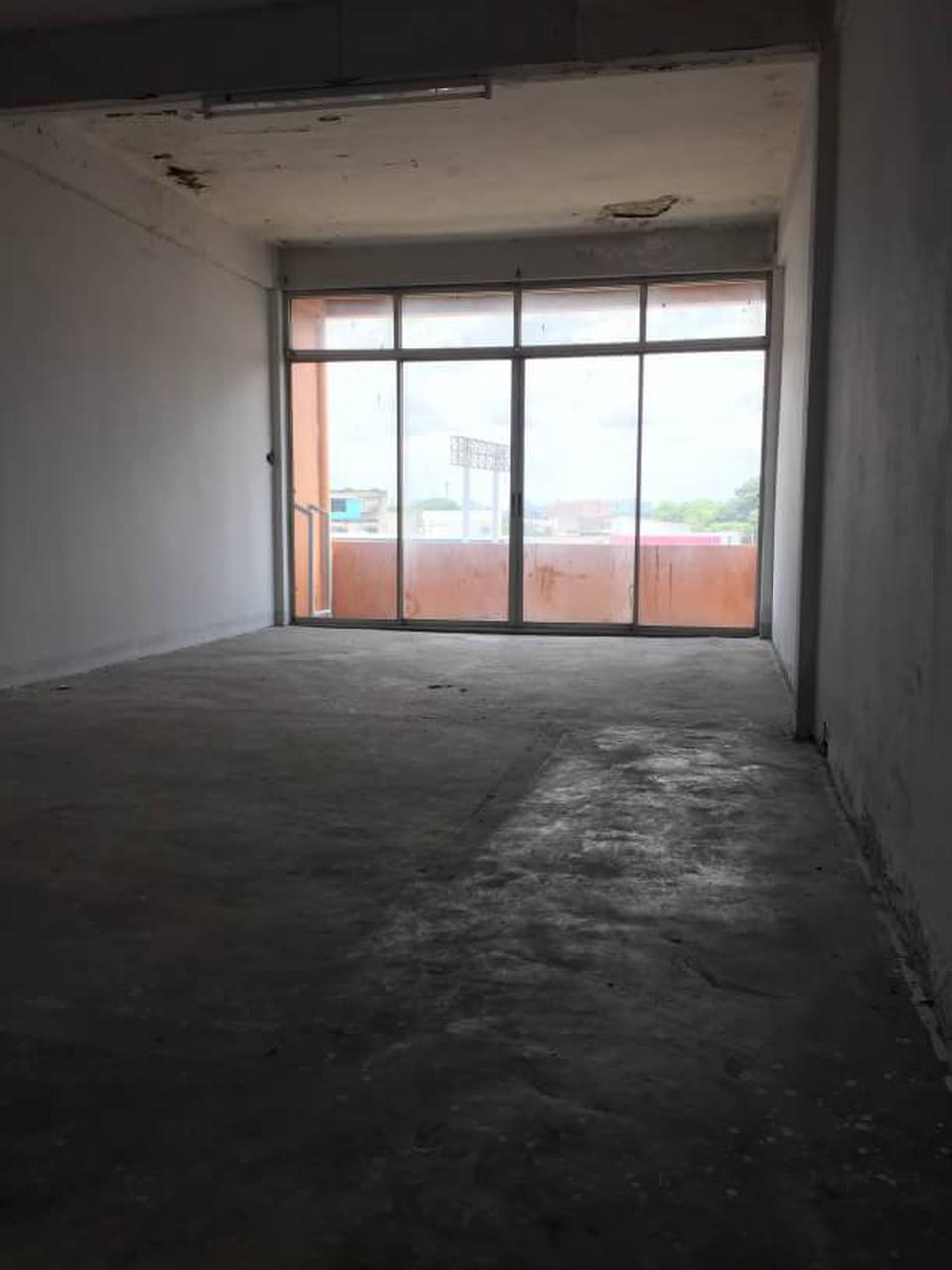ขายอาคารพานิชย์ 2 คูหา ติดถนนนวมินทร์  รูปที่ 3