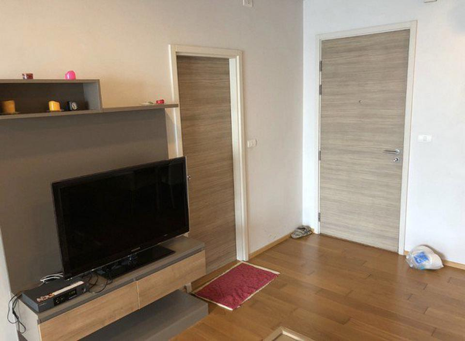Hive Taksin 1 bedroom 40 square meters for sell  รูปที่ 4