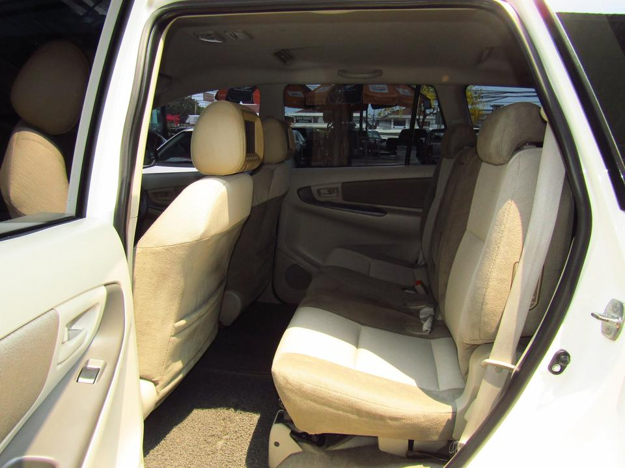 2012 Toyota Innova 2.0 (ปี 11-15) G Wagon รูปที่ 4