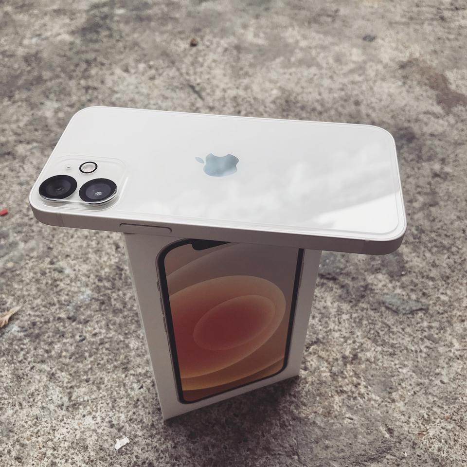 iPhone 12 Mini รูปที่ 1
