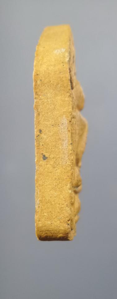 พระขุนแผนพรายกุมารฝังตะกรุดทองคำคู่ หลวงปู่ทิม วัดระหารไร่   รูปที่ 2