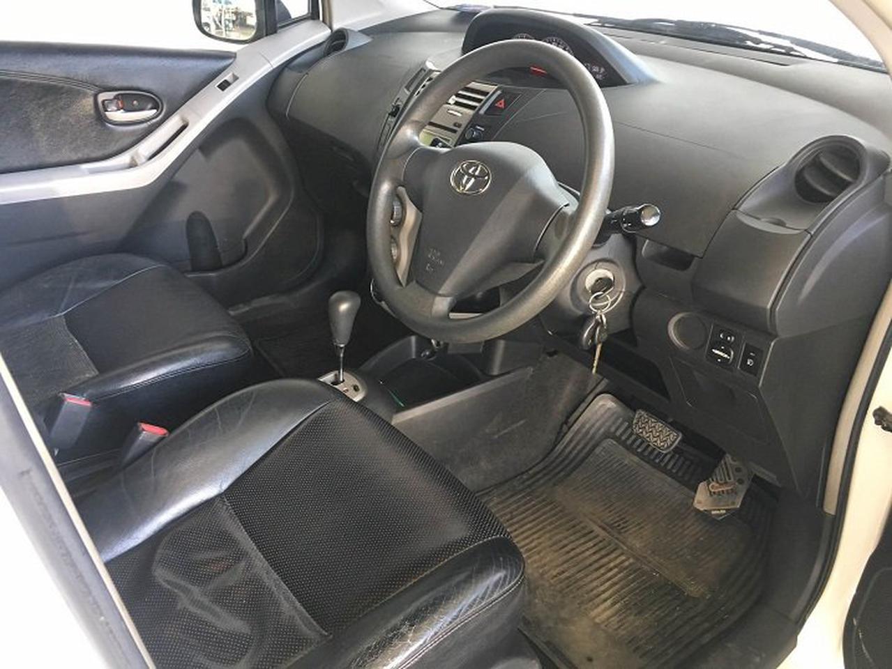 Toyota Yaris รูปที่ 6