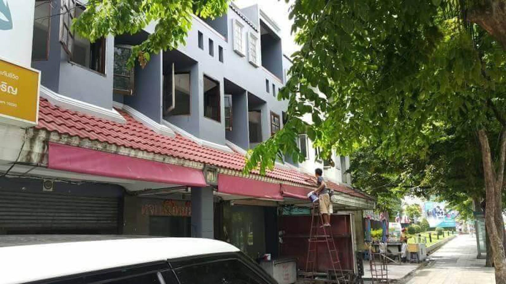 ขายอาคารพาณิชย์ 3 ห้อง เนื้อที่ 62 ตรว รูปที่ 6