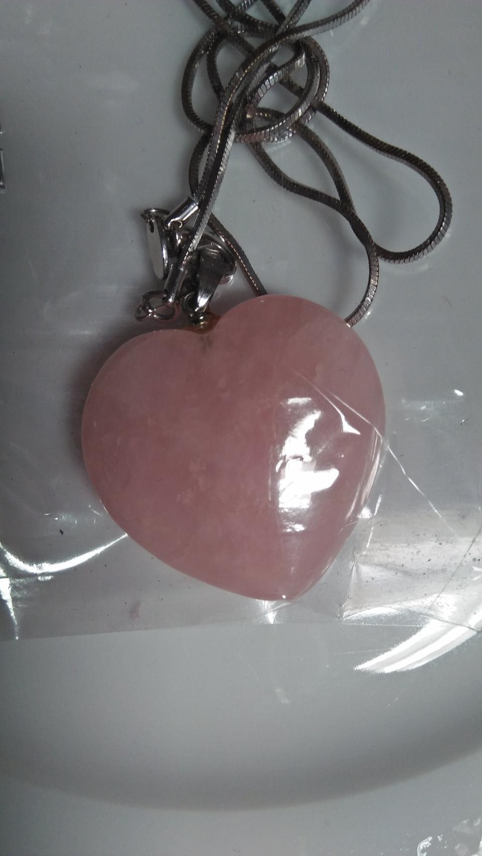 ขายหินรูปหัวใจเนื้อสีชมพู เรียกพลังความรัก รูปที่ 1