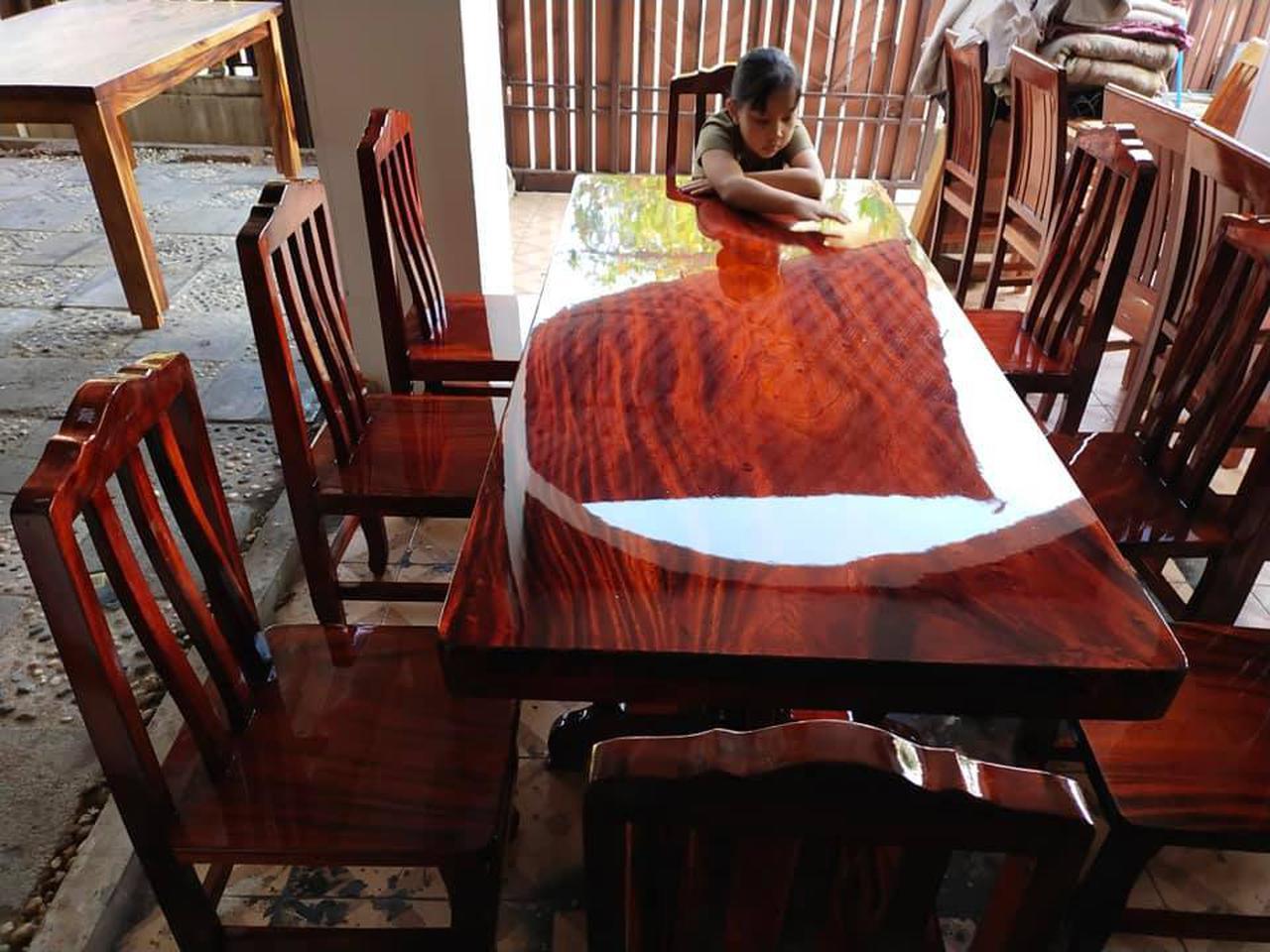 โต๊ะอาหาร ก80xย180+เก้าอี้ 8  ตัว  รูปที่ 1