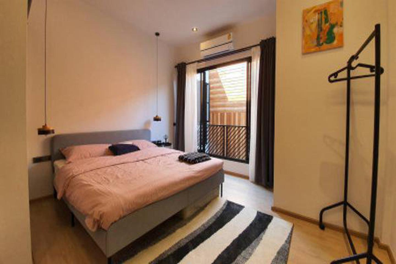 For Rent Modern Loft Townhome 2 Storeys in Sukhumvit 49 28sqw. near BTS Thonglor รูปที่ 3
