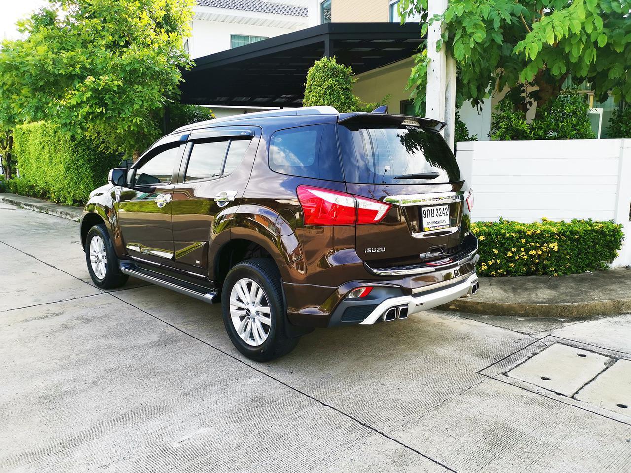 Isuzu MU-X 3.0 NAVI (ปี 2018) SUV AT รูปที่ 2