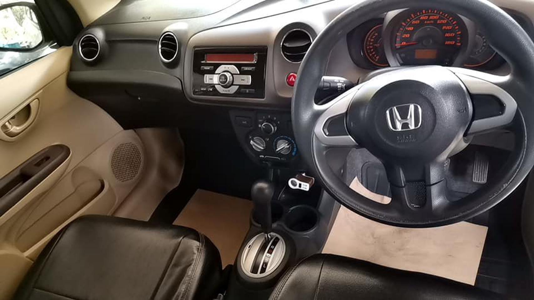 ขายรถบ้าน Honda Brio Amaze 1.2V/AT ตัวท๊อปปี 2013 รูปที่ 2