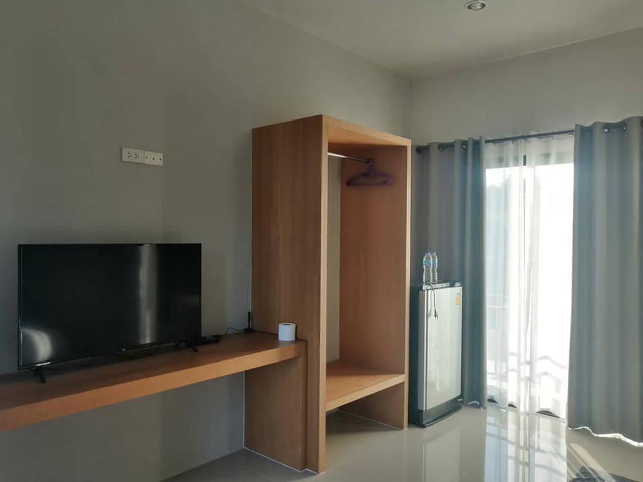 ขายด่วน โรงแรมเมืองลำปางใหม่มาก ทำเลดี ขายราคาต่ำกว่าราคาประเมิน รูปที่ 2