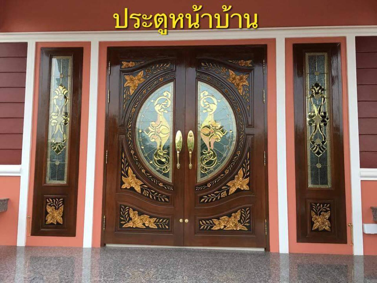 ประตูไม้สัก , ประตูไม้สักกระจกนิรภัย , ประตูหน้าต่าง ร้านวรกานต์ค้าไม้ door-woodhome รูปที่ 1