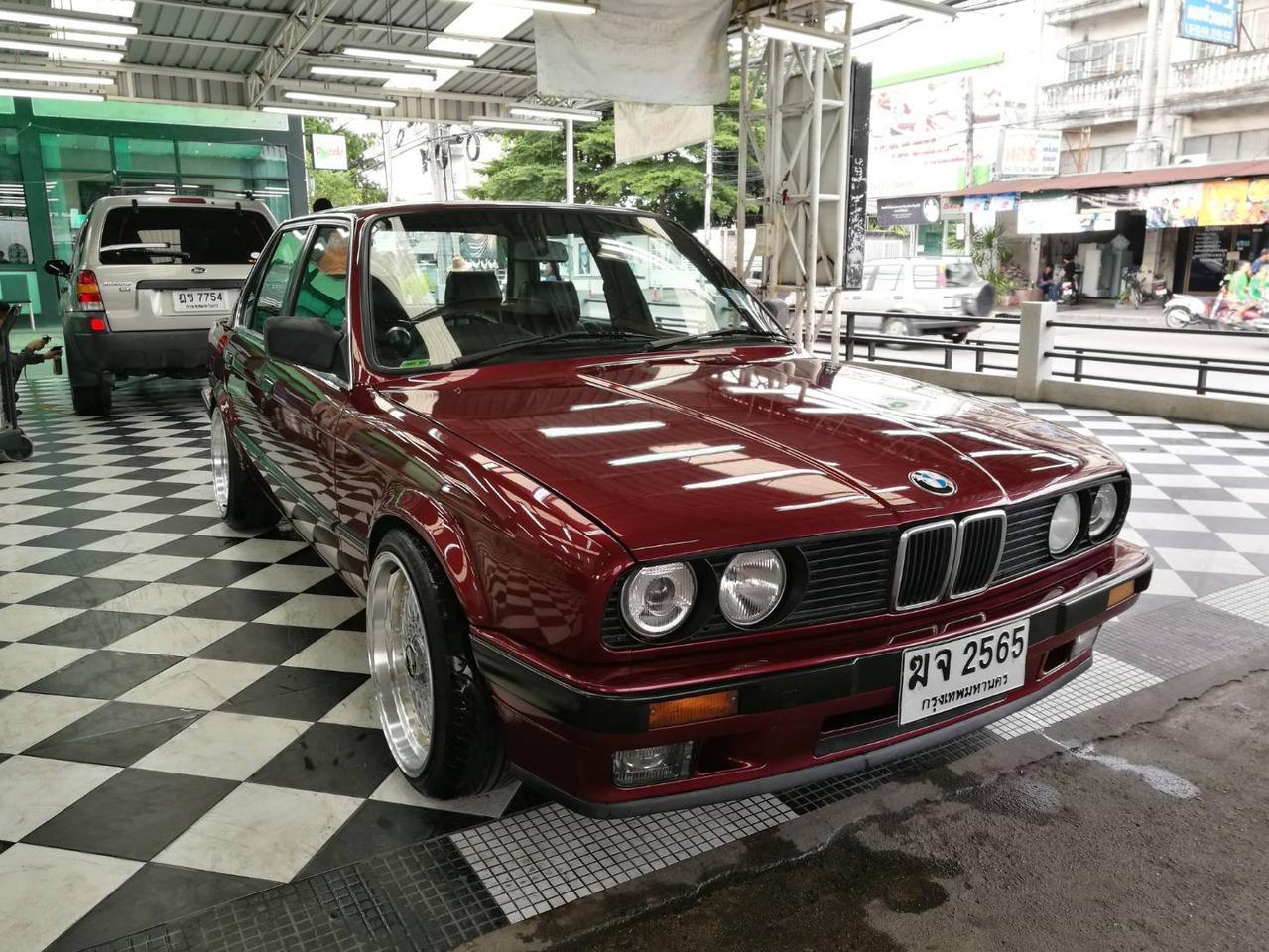 ขายรถเก๋ง BMW 318I เขตลาดพร้าว กรุงเทพ ฯ รูปที่ 3