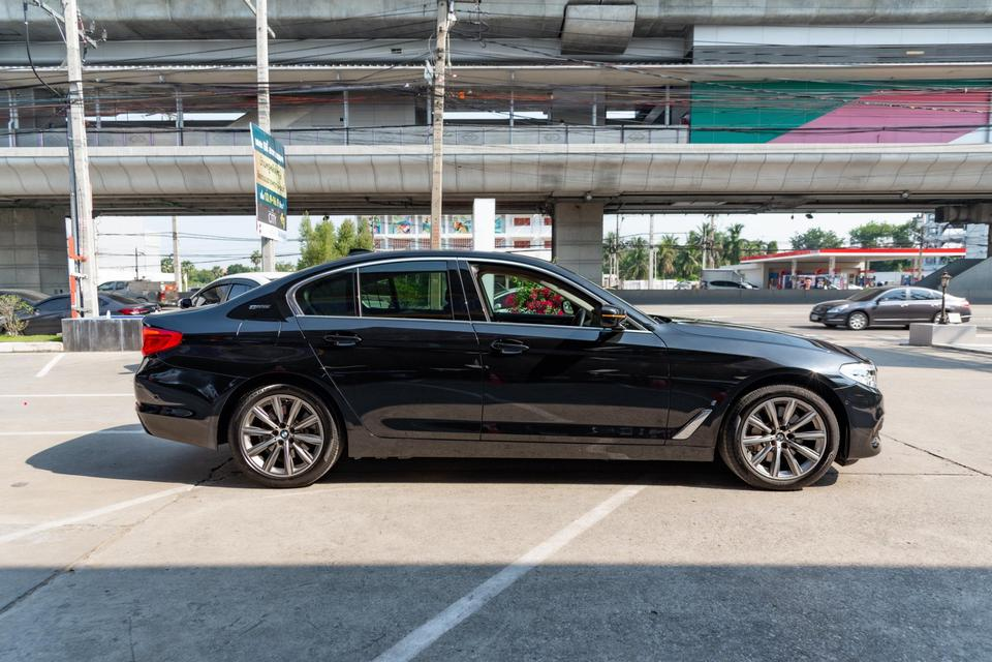 BMW 530e Elite CKD Plug In Hybrid รูปที่ 6