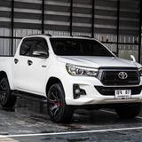 Toyota REVO 2.4 E Plus MinorChange ปี 2017