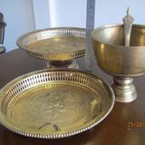 3787 เครื้องใช้ชุดทองเหลืองลาย เทพพนม มี ขัน พาน ทับพี ถาดสู