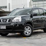 ปี 2011 Nissan X-Trail 2.0V SUV ตัวท็อป 2WD สีดำ ปรัลเบาะไฟฟ้า