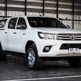 Toyota REVO 2.7 เบนซิน 4 ประตู Preruner ปี 2015 เลขไมล์ 50,000 กิโล